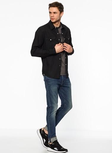 Uzun Kollu Slim Fit Gömlek-Levi's®